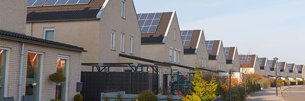 Backup Solar Power: Battery or Generator?